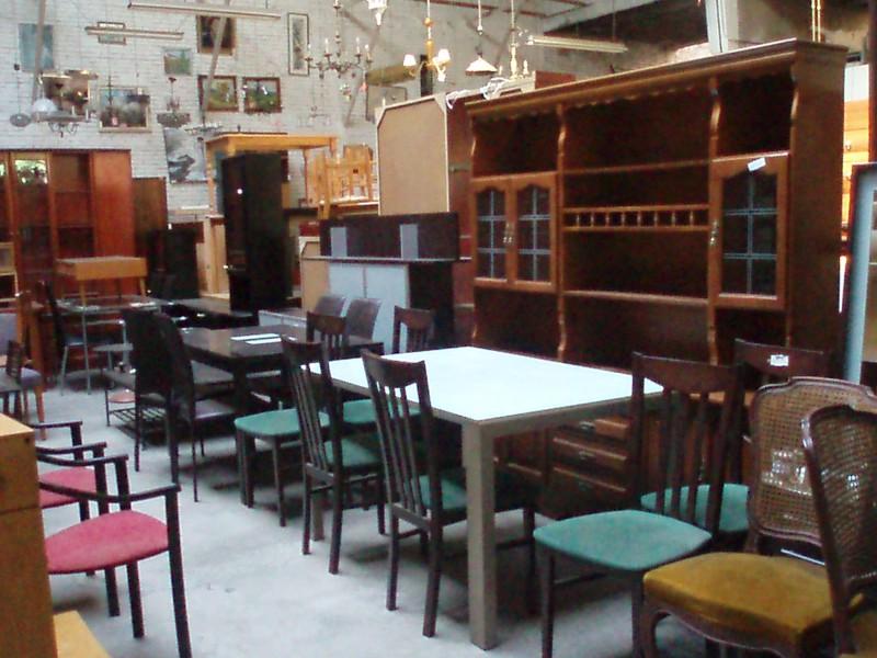 Compraventa de muebles usados y de ocasi n mudanzas reus for Muebles de ocasion